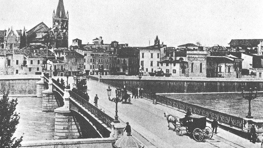 El Ponte Navi en 1893 (Wikipedia)